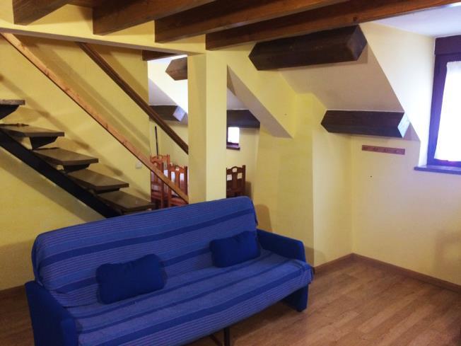 salon_5-apartamentos-canfranc-3000canfranc-pirineo-aragones.jpg