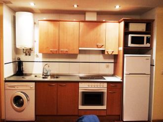 cocina-apartamentos-canfranc-3000-canfranc-pirineo-aragones.jpg