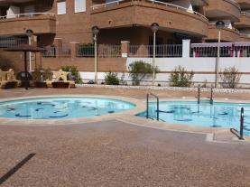 piscina_1-apartamentos-acapulco-marina-dor-3000oropesa-del-mar-costa-azahar.jpg