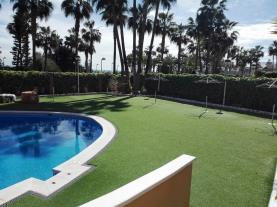 piscina_4-apartamentos-acapulco-marina-dor-3000oropesa-del-mar-costa-azahar.jpg