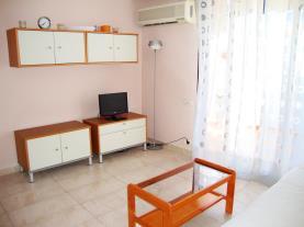 salon-comedor_6-apartamentos-eurhostal-3000alcoceber-costa-azahar.jpg