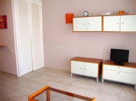 salon-comedor_7-apartamentos-eurhostal-3000alcoceber-costa-azahar.jpg