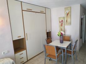 salon-comedor_9-apartamentos-eurhostal-3000alcoceber-costa-azahar.jpg