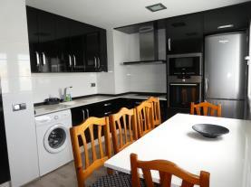 cocina_2-apartamentos-playa-norte-peniscola-3000peniscola-costa-azahar.jpg
