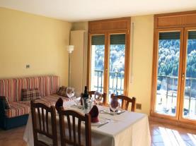 Salón3-Apartamentos-Glaç-Soldeu-3000-SOLDEU-Estación-Grandvalira.jpg