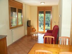 salon-comedor_1-apartamentos-glac-soldeu-3000soldeu-estacion-grandvalira.jpg