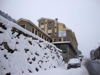 fachada-invierno_2-apartamentos-glac-soldeu-3000soldeu-estacion-grandvalira.jpg