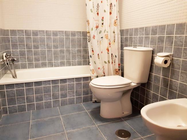 bano_1-apartamentos-pobra-do-caraminal-3000pobra-do-caraminal,-a-galicia_-rias-bajas.jpg