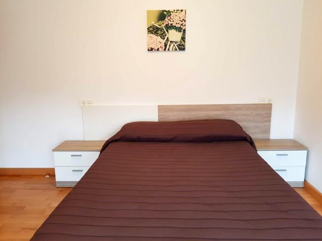 dormitorio_3-apartamentos-pobra-do-caraminal-3000pobra-do-caraminal,-a-galicia_-rias-bajas.jpg