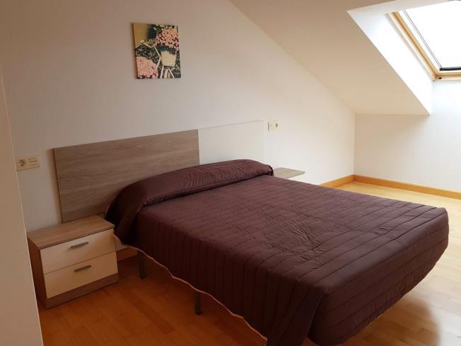 dormitorio_4-apartamentos-pobra-do-caraminal-3000pobra-do-caraminal,-a-galicia_-rias-bajas.jpg