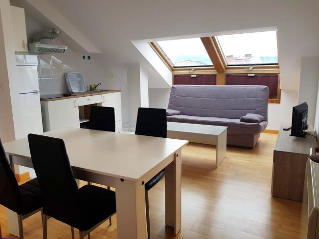 salon-comedor_2-apartamentos-pobra-do-caraminal-3000pobra-do-caraminal,-a-galicia_-rias-bajas.jpg