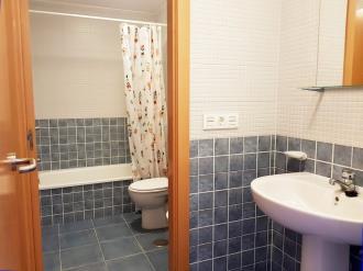 bano-apartamentos-pobra-do-caraminal-3000-pobra-do-caraminal,-a-galicia_-rias-bajas.jpg