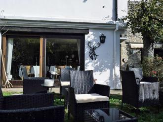 exterior-hotel-casa-marieta-escarrilla-3000-escarrilla-pirineo-aragones.jpg