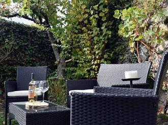 terraza_1-hotel-casa-marieta-escarrilla-3000escarrilla-pirineo-aragones.jpg