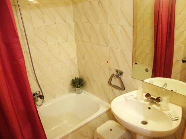 bano_7-apartamentos-paradis-blanc-3000pas-de-la-casa-estacion-grandvalira.jpg