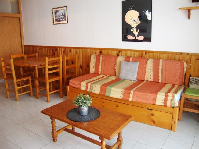 Salón comedor Apartamentos Paradis Blanc 3000 Pas de la Casa