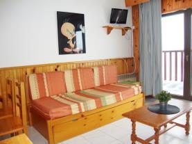 salon-comedor_14-apartamentos-paradis-blanc-3000pas-de-la-casa-estacion-grandvalira.jpg