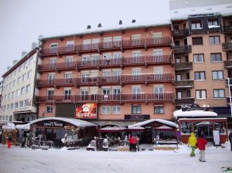 Façade Winte Andorre Grandvalira PAS DE LA CASA Appartements Paradis Blanc 3000