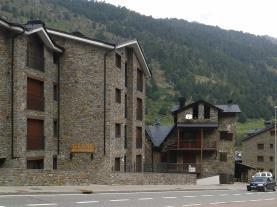 fachada-verano-apartamentos-varios-soldeu-soldeu-estacion-grandvalira.jpg