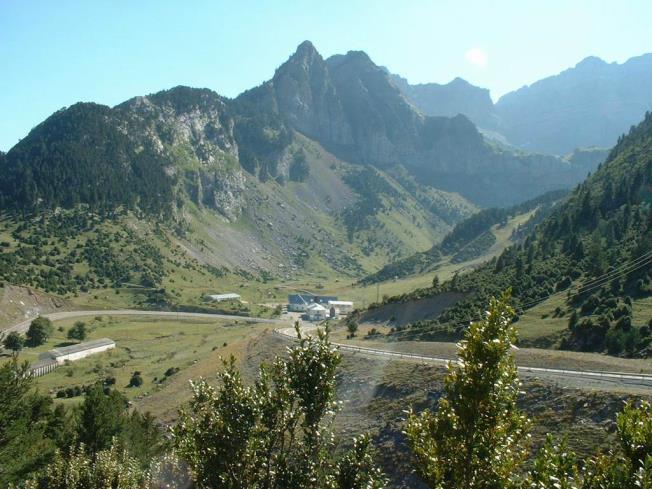 Candanchú verano Spain Aragonese Pyrenees CANDANCHU