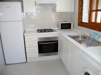 cocina_3-apartamentos-peniscola-mirador-3000peniscola-costa-azahar.jpg