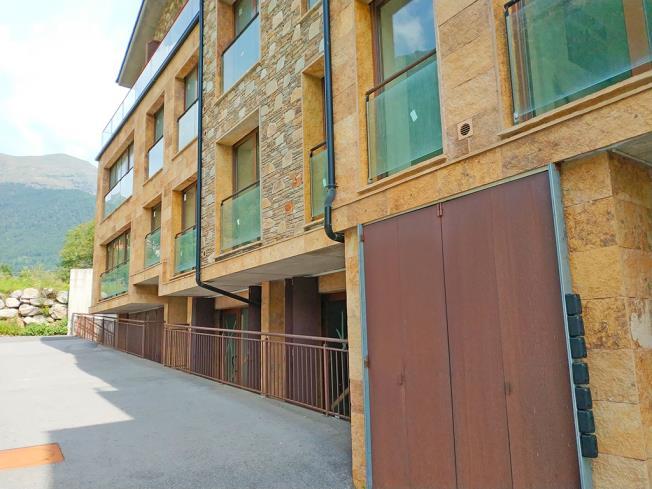 Fachada Verano Apartamentos Llorts Ordino 3000 Llorts