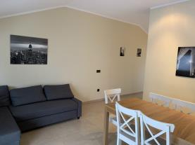 salon-comedor_4-apartamentos-llorts-ordino-3000llorts-estacion-vallnord.jpg