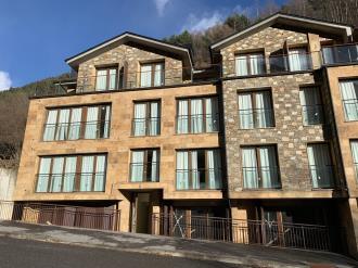 fachada-invierno-apartamentos-llorts-ordino-3000-llorts-estacion-vallnord.jpg