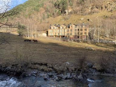 Fachada Invierno Andorra Estación Vallnord Llorts Apartamentos Llorts Ordino 3000