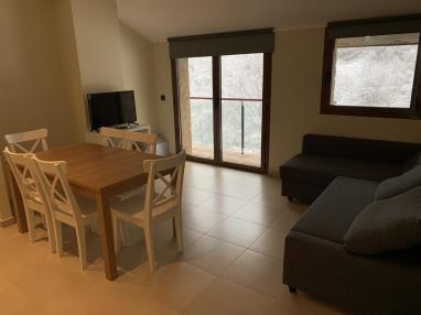 Salón comedor Andorra Estación Vallnord Llorts Apartamentos Llorts Ordino 3000