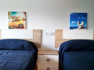 dormitorio_2-apartamentos-ares-3000ares-galicia_-rias-altas.jpg