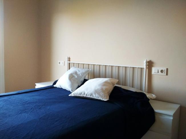 dormitorio-apartamentos-playa-de-las-catedrales-3000_barreiros-galicia_-rias-altas.jpg