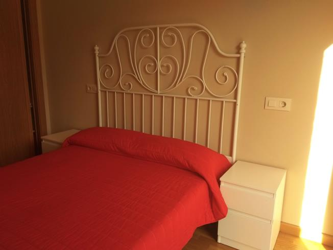 dormitorio_10-apartamentos-playa-de-las-catedrales-3000-barreiros-galicia_-rias-altas.jpg