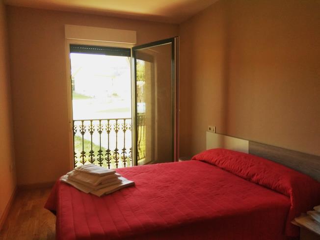 dormitorio_4-apartamentos-playa-de-las-catedrales-3000-barreiros-galicia_-rias-altas.jpg