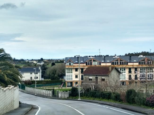 exterior-apartamentos-playa-de-las-catedrales-3000_barreiros-galicia_-rias-altas.jpg