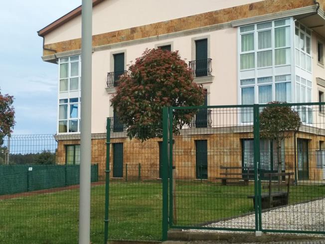 fachada-invierno_4-apartamentos-playa-de-las-catedrales-3000-barreiros-galicia_-rias-altas.jpg