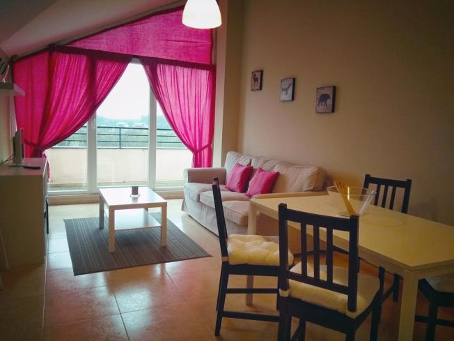 salon-comedor_6-apartamentos-playa-de-las-catedrales-3000-barreiros-galicia_-rias-altas.jpg