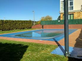 piscina_1-apartamentos-playa-de-las-catedrales-3000-barreiros-galicia_-rias-altas.jpg