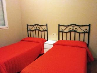 dormitorio_8-apartamentos-playa-de-las-catedrales-3000-barreiros-galicia_-rias-altas.jpg
