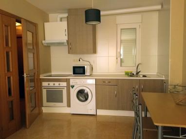 cocina_4-apartamentos-playa-de-las-catedrales-3000-barreiros-galicia_-rias-altas.jpg