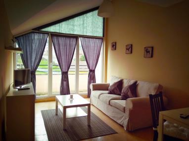 salon_2-apartamentos-playa-de-las-catedrales-3000-barreiros-galicia_-rias-altas.jpg