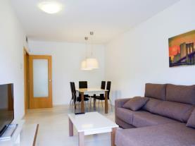 salón-comedor-13-rentalmar-families-paradise-village-salou-provincia-de-tarragona-catalunya.jpg