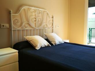 dormitorio-apartamentos-barreiros-3000-barreiros-galicia_-rias-altas.jpg