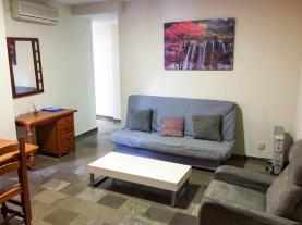salon-1-apartamentos-ramirez-3000granada-andalucia.jpg
