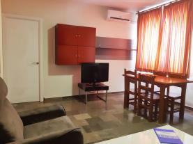 salon-comedor-2-apartamentos-ramirez-3000granada-andalucia.jpg