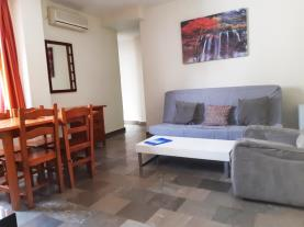 salon-comedor-3-apartamentos-ramirez-3000granada-andalucia.jpg