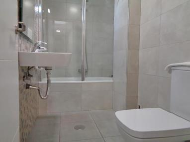 Baño España Andalucía Granada Apartamentos Ramirez 3000