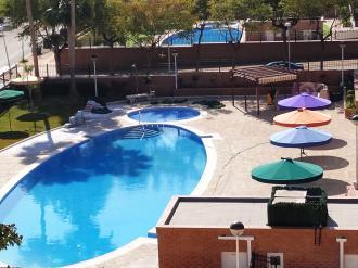 piscina-apartamentos-playa-coral-marina-dor-3000-oropesa-del-mar-costa-azahar.jpg