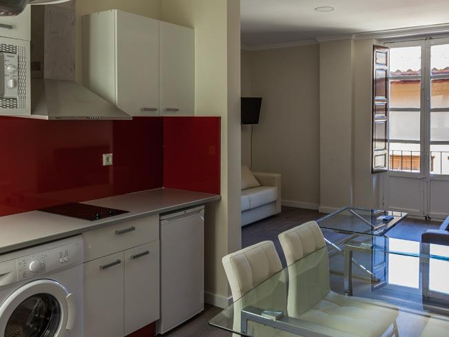 cocina-apartamentos-valentina-deluxe-3000-granada-andalucia.jpg