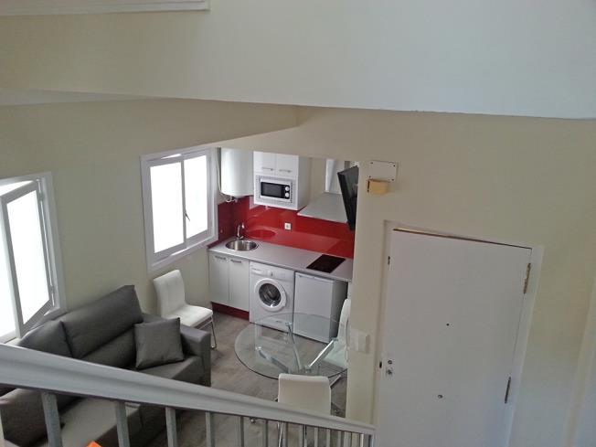 salon-apartamentos-valentina-deluxe-3000-granada-andalucia.jpg